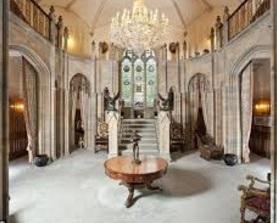 dalam compton castle
