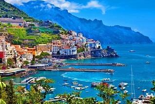 Pantai Amalfi, Italia