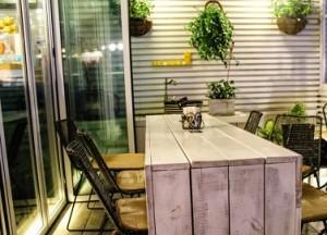 ruang min cafe