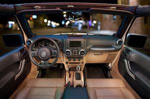 dalam mobil