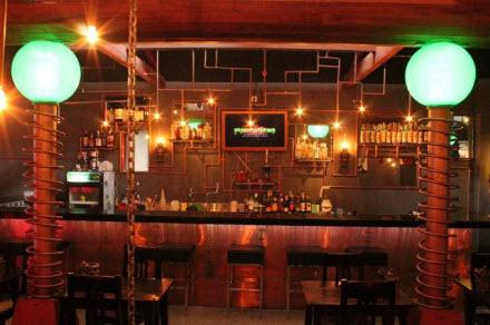 Frankenstein's Laboratory Cafe di Bali