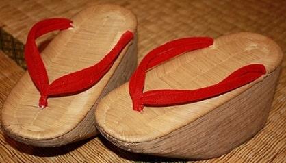 sandal Okobo