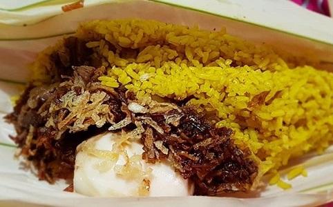 Nasi kuning khas Manado