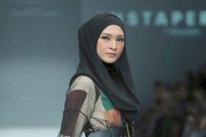 Gaya Hijab Langsung dari Donita